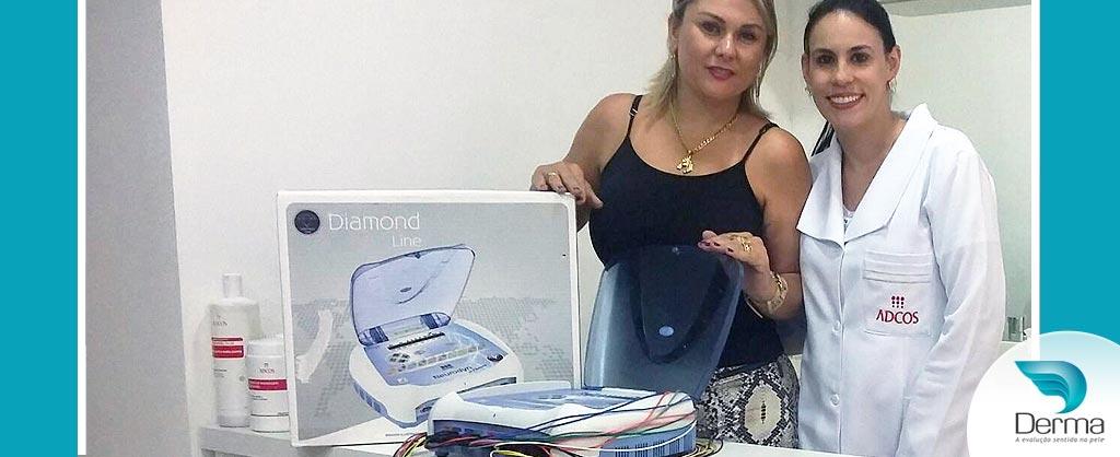 Nivea Komochena da Clinique Beauty de Marília-SP investiu na tecnologia Neurodyn 10 canais Ibramed